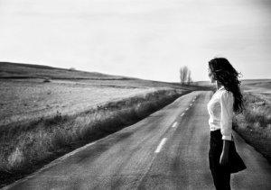 womanroad3