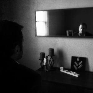 Man.Mirror